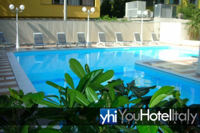 Hotel in vendita a cesenatico ponente hotel ori - Piscina san carlo milano ...