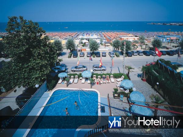 Hotel in a cesenatico ponente hotel promenade - Piscina san carlo milano ...